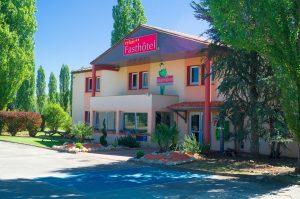 Façade extérieure du Fasthotel de Périgueux en Dordogne