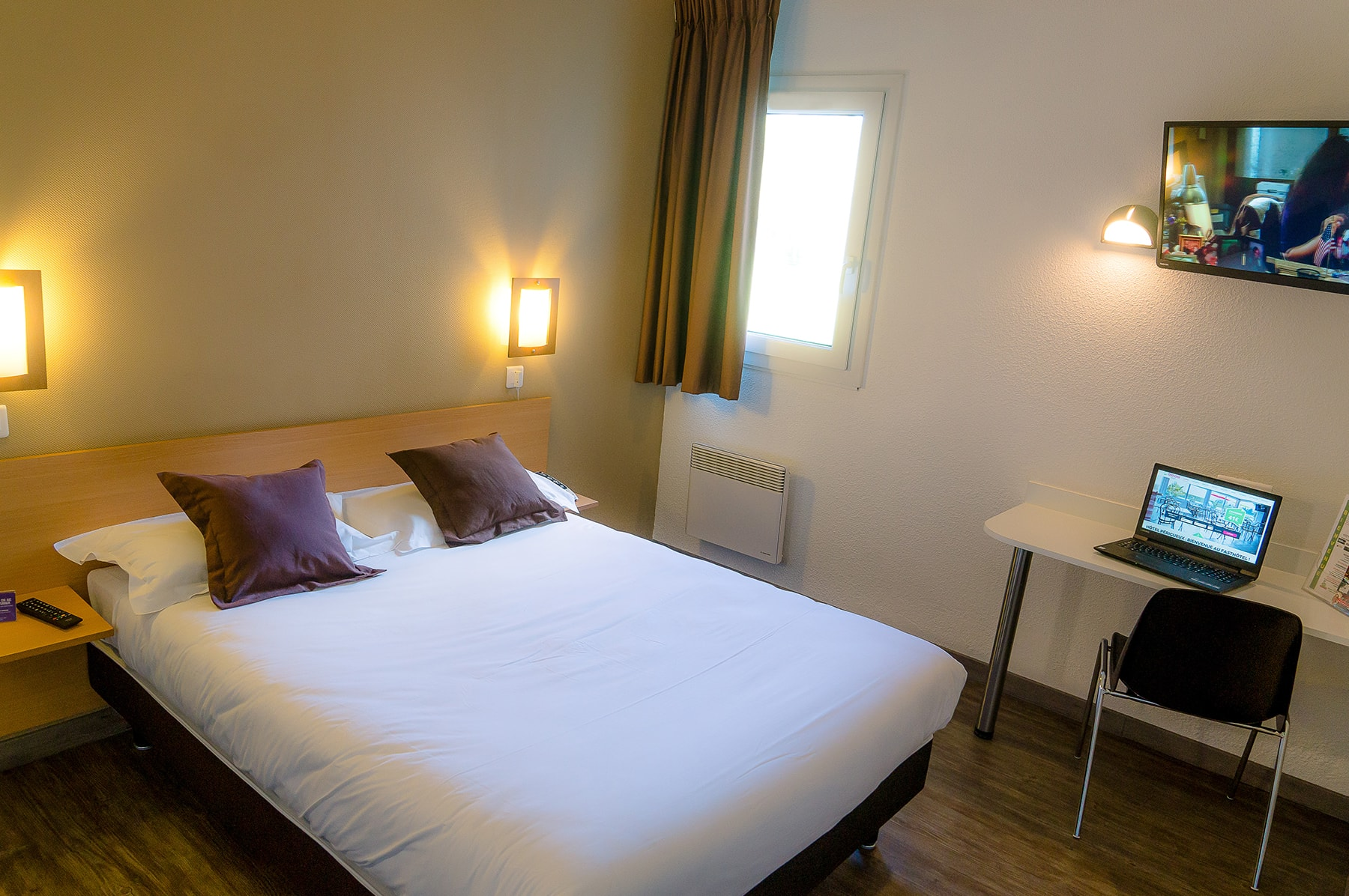 Chambre Double Fasthotel Perigueux03 Min